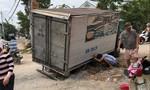 Huyện Hóc Môn: Đào đường đặt cống làm ẩu, hàng chục xe tải sụp hố
