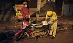 TPHCM: Công an xuyên đêm tuần tra đảm bảo ANTT, phòng chống dịch