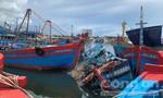 Phạt 3 chủ tàu đưa 14 ngư dân vào bờ trái phép 22,5 triệu đồng