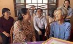 Lãnh đạo TPHCM trao quà Tết cho gia đình chính sách và hộ dân khó khăn