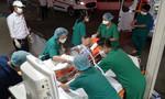Cụ bà 79 tuổi mắc COVID-19 nặng được chuyển đến Bệnh viện Chợ Rẫy