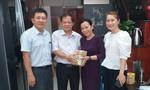 Con cháu cụ Nguyễn Thị Đức tài trợ 300 triệu đồng xây cầu nông thôn