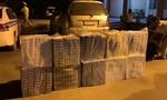 CSGT bắt xe 7 chỗ chở hơn 5000 gói thuốc lá nhập lậu