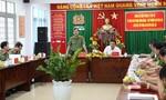Thứ trưởng Lê Tấn Tới kiểm tra công tác ANTT bầu cử tại huyện Bến Lức