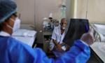 Số ca nhiễm Covid-19 mới hằng ngày ở Ấn Độ vượt mốc 400.000 người