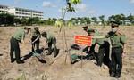 Đại học ANND và Công an Đồng Nai trồng 500 cây xanh dịp sinh nhật Bác Hồ