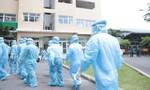 TPHCM: Cận cảnh phong toả, lấy mẫu xét nghiệm tại chung cư SunView Town