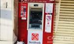 Hàng loạt trụ ATM bị đập phá ở Bình Dương