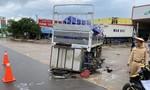 Xe tải tông xe máy kéo rơ-mooc tự chế, 1 người tử vong