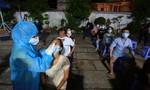 Trắng đêm lấy hàng chục ngàn mẫu xét nghiệm cho người dân quận Gò Vấp