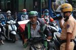 CSGT Công an TPHCM sẽ xử phạt người không đeo khẩu trang từ ngày 1-6