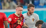 Hậu vệ tuyển Bỉ là cầu thủ đầu tiên chia tay Euro 2020 do vỡ hốc mắt