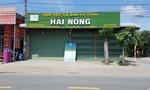 Người đàn ông trộm xe ba gác tại cửa hàng HTX rau an toàn ở Sài Gòn
