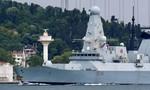 Nga bắn, thả bom cảnh cáo tàu khu trục của Anh gần Crimea
