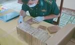 Phát hiện lực lượng tuần tra, thanh niên bỏ lại 7kg ma túy nhảy sông tẩu thoát