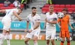 Hà Lan bị CH Czech loại khỏi Euro sau trận thua 0-2
