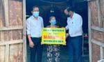 Đoàn từ thiện của Hoài Linh trao hơn 2,5 tỷ đồng cho người dân Quảng Nam