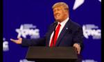 Facebook tuyên bố đình chỉ tài khoản của Trump đến năm 2023