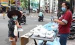 TPHCM: Ấm áp tình người giữa đại dịch