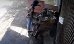 Hai đối tượng trộm chiếc xe đạp tại cửa tiệm nghỉ mùa dịch