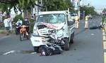 2 thanh niên nghi trộm chó, tông trực diện xe tải khi bỏ chạy