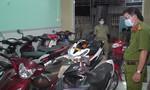 Phát hiện cả trăm xe máy không chính chủ trong tiệm cầm đồ