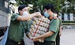 Công an TPHCM tiếp nhận 15 tấn lương thực, thực phẩm do An Giang hỗ trợ