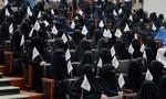 Taliban không cho nam - nữ học chung lớp đại học ở Afghanistan