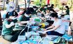 Trường Cao đẳng ANND I tặng sách vở cho 200 học sinh khó khăn