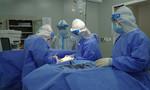 Ca mổ cấp cứu đầu tiên thực hiện tại Bệnh viện hồi sức COVID-19 ở TPHCM