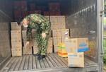 TNI King Coffee tặng gạo cho người dân và tiếp sức tuyến đầu
