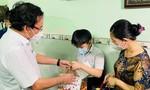 Lãnh đạo TPHCM tặng quà Trung thu cho thiếu nhi và lực lượng tuyến đầu
