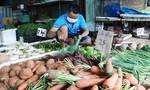 TPHCM: Nên từng bước mở cửa chợ truyền thống