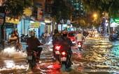 Q.7: Mưa kéo dài, nhiều tuyến đường bị ngập