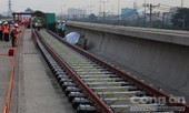 Bắt đầu lắp đặt đường ray cho tuyến Metro số 1