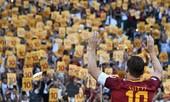 Clip: Totti rơi lệ, thành Rome chìm trong nước mắt