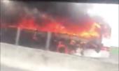Xe khách cháy dữ dội trên cao tốc Trung Lương-TP.HCM