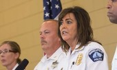Cảnh sát trưởng ở Mỹ từ chức sau vụ thuộc cấp bắn chết công dân Úc