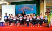 Câu lạc bộ 'Tiên phong cảnh sát trẻ' với chương trình 'Tiếp bước em đến trường'
