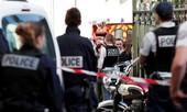 Binh sĩ Pháp bị tấn công bằng xe ngay tại thủ đô
