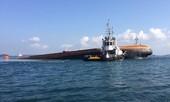 Hai tàu lớn va chạm ngoài khơi Singapore, 5 người mất tích