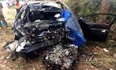 Ô tô 4 chỗ tông trực diện xe tải, 2 người tử nạn, 3 người trọng thương