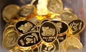 Giới trẻ Sài Gòn mua vàng ngày Thần Tài tặng người yêu lễ Valentine