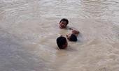 Hai thanh niên kịp thời cứu 5 em nhỏ đuối nước