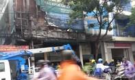 Chập điện ngoài đường, cháy lan vào nhà dân