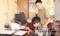 Thiếu tiền chơi game, 2 thiếu niên cạy cửa nhà dân trộm tài sản giữa ban ngày