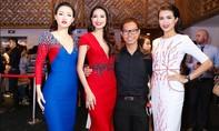 """Top 3 Hoa hậu Hoàn vũ Việt Nam 2015 """"làm chủ"""" sàn diễn thời trang"""