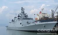 Tàu khu trục tàng hình đa nhiệm của hải quân Ấn Độ cập cảng Tiên Sa