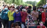 Bình Phước: Bị ép làm trong xưởng độc hại, gần 5.000 công nhân đình công