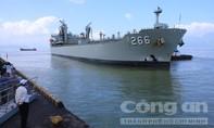 Tàu hải quân Úc cập cảng Tiên Sa